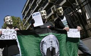 Des manifestants anti-TAFTA le 10avril 2014