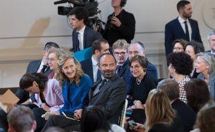 Les membres du gouvernement autour d'Edouard Philippe, le Premier ministre, lors de la conférence de presse d'Emmanuel Macron.