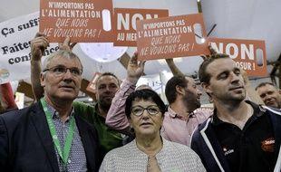 La présidente de la FNSEA, accompagnée de plusieurs agriculteurs, lors de la visite du ministre de l'Agriculture Didier Guillaume au Space, le salon de l'élevage, le 10 septembre 2019 à Rennes.