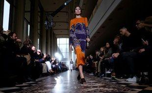 Une création de Tory Burch lors de la Fashion week de New York, au Lincoln Center de New York, le 16 février 2016