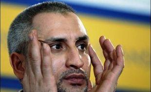 Le médecin bulgare d'origine palestinienne Achraf Joumaa Hajouj, libéré le 24 juillet avec cinq infirmières bulgares après huit ans de détention en Libye, a donné des précisions sur les tortures qu'il a subies, dans une interview à l'hebdomadaire français Paris Match.