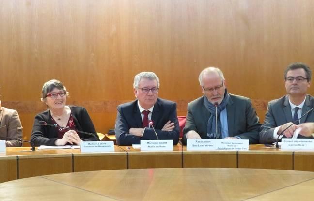 Martine Lejeune (maire de Bouguenais), Gérard Allard (maire de Rezé) et Jean-Claude Lemasson (maire de Saint-Aignan) sont reçus par François de Rugy ce lundi