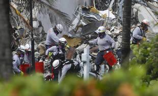 Un immeuble d'habitation de Surfside en Floride s'est effondré jeudi 24 juin 2021.