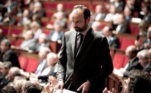 Edouard Philippe lors d'une session de questions au gouvernement le 18 novembre 2015