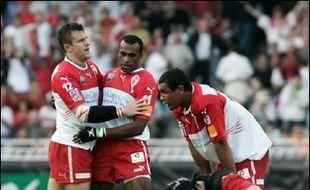Les références à la Coupe d'Europe dominent samedi la 21e journée du Top 14 de rugby puisque, une semaine après son élimination, le Stade Toulousain affronte Biarritz, futur demi-finaliste, à Dax, alors que le duel à distance entre Agen et Castres est capital dans la course à la qualification pour l'édition 2006-2007.