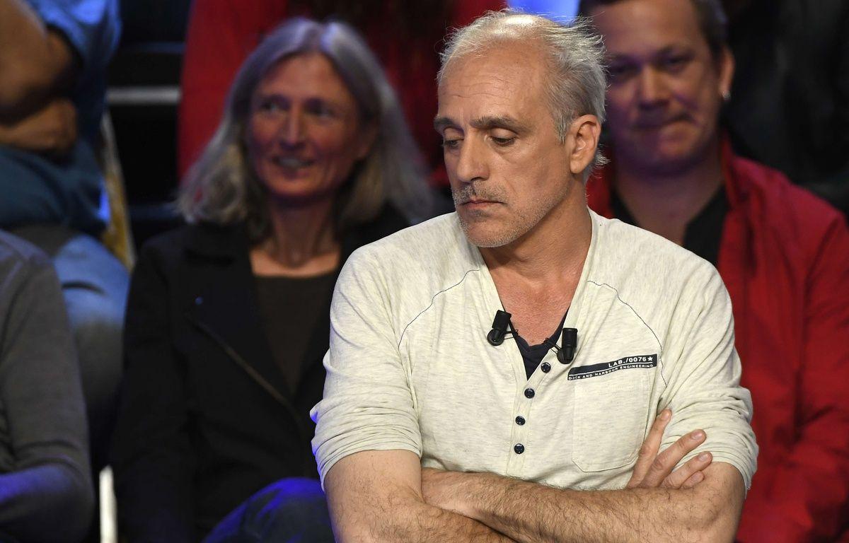 Philippe Poutou lors de l'émission Le Grand Débat, le 4 avril 2017. – LIONEL BONAVENTURE-POOL/SIPA
