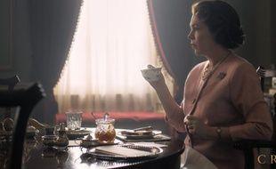 La comédienne Olivia Colman interprète la reine Elizabeth II dans la série