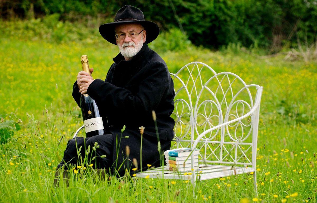 Terry Pratchett, en juin 2012, dans le Pays de Galles. –  REX/REX/SIPA
