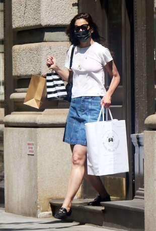 Katie Holmes dans les rues de New York, vendredi 21 mai.