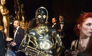 """Dans «""""20 Minutes"""" réveille ta semaine», C3PO s'ambiance au Badaboum."""