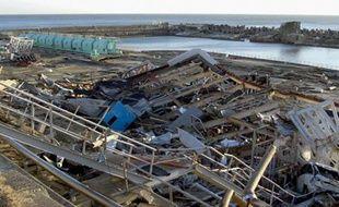 La centrale de Fukushima dévastée, un mois après le tsunami du 11 mars 2011.