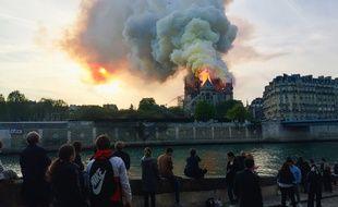 Un incendie a ravagé une partie de la toiture de la cathédrale Notre-Dame de Paris, le 15 avril 2019.
