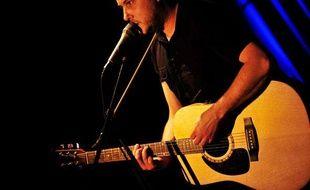 Mickael Furnon des Mickey 3D en concert aux Trois Baudets, le 10 février 2009.