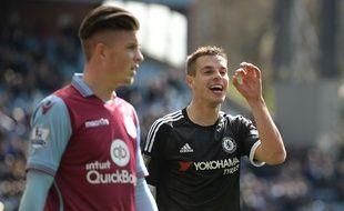Le défenseur de Chelsea Azpilicueta à Aston Villa, le 2 avril 2016.