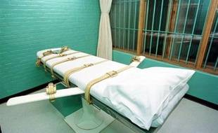 La commission de discipline des juges du Texas (sud des Etats-Unis) a entamé jeudi des poursuites contre la présidente de la cour d'appel de l'Etat, qui avait refusé en 2007 de laisser le greffe ouvert après 17H00 pour enregistrer le dernier recours d'un condamné à mort, du coup exécuté.
