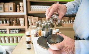 Une herboristerie Bordelaise propose des cours pour confectionner des cosmétiques.