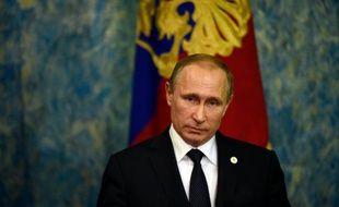 Le président russe Vladimir Poutine à Paris, le 2 décembre 2015