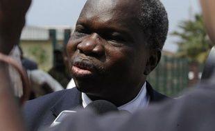 Les délégations centrafricaines du pouvoir et de l'opposition sont arrivées mardi à Libreville pour participer, sous l'égide des pays d'Afrique centrale, à de cruciales négociations de paix avec la rébellion qui a pris le contrôle d'une partie du pays, a constaté un journaliste de l'AFP.
