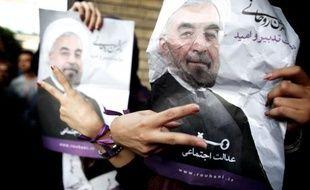 Les réformateurs iraniens criaient victoire dimanche après l'élection à la présidence du modéré Hassan Rohani, qui marque la fin de huit années de pouvoir conservateur sur l'exécutif, mais la tâche est immense pour le nouveau président.