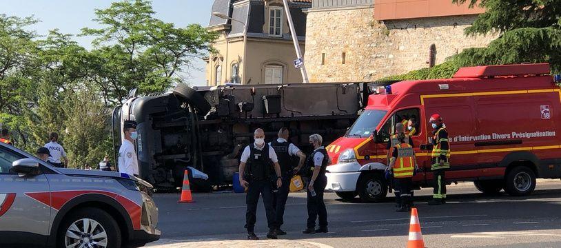 Un accident mortel s'est produit ce mercredi matin devant le lycée Don Bosco à Lyon.