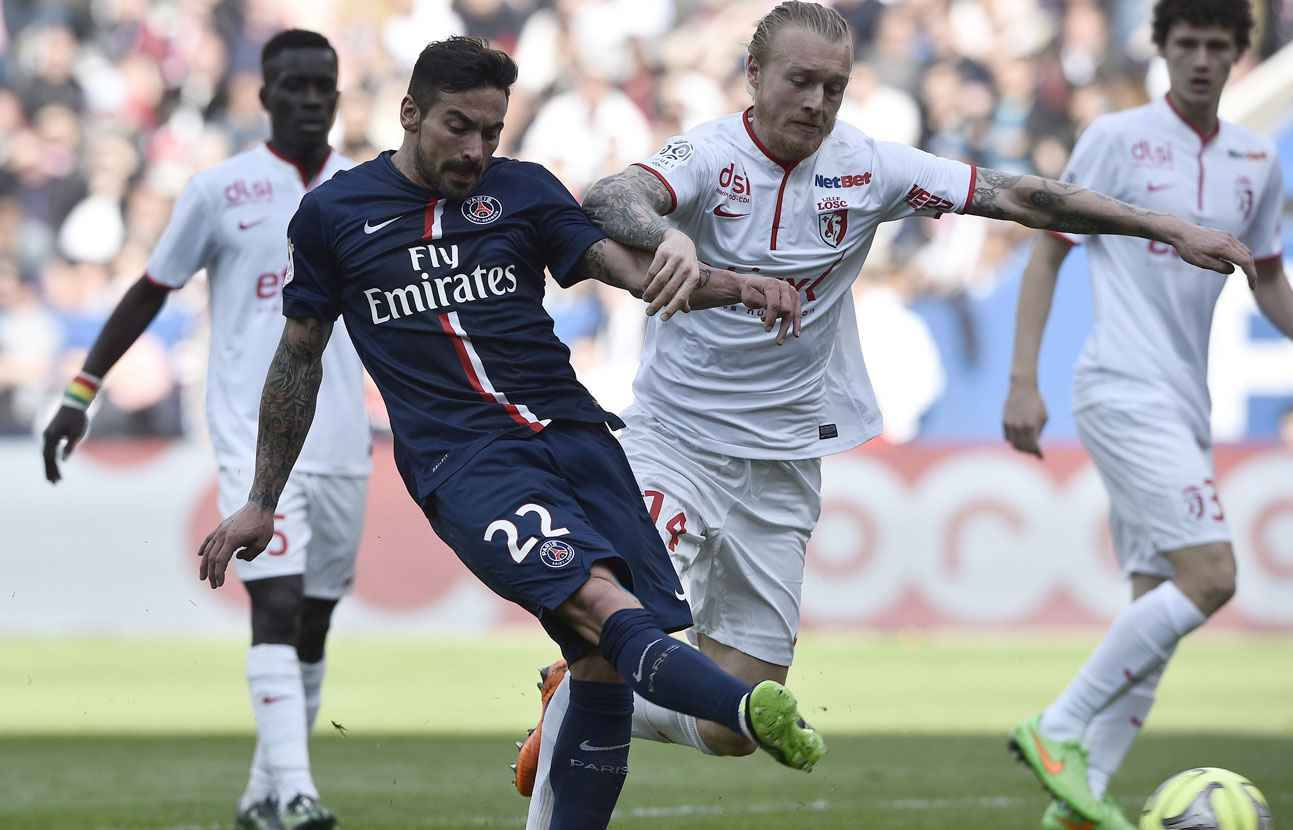 video psg lille apr s un tripl d 39 ezequiel lavezzi on peut mourir tranquille. Black Bedroom Furniture Sets. Home Design Ideas