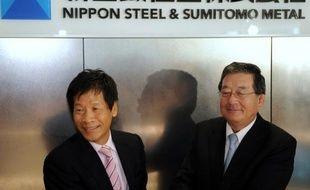Un géant japonais de l'acier est né lundi avec Nippon Steel & Sumitomo Metal Corporation (NSSMC), deuxième groupe mondial du secteur qui entend damer le pion à ses concurrents chinois et sud-coréens.