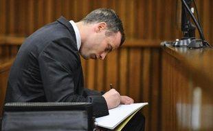 L'athlète Oscar Pistorius dans la salle d'audience le 30 juin 2014 à Pretoria