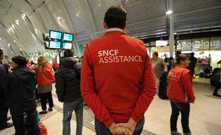 Des employés de la SNCF dans la gare de Montpellier, le 30 septembre 2014
