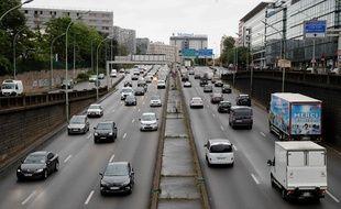 Sur le périphérique parisien le 11 mai, ce n'était pas encore l'affluence habituelle, mais la reprise du trafic génère un bruit auquel les riverains n'étaient plus habitués.