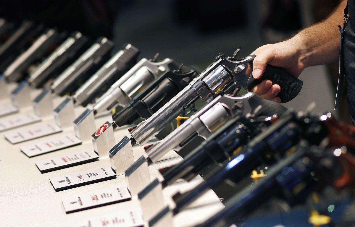 Des armes à feu exposées à un salon de Las Vegas. –  John Locher/AP/SIPA