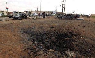 Les dégats causés par l'explosion d'une voiture piéger à l'académie militaire de Benghazi le 17 mars 2014