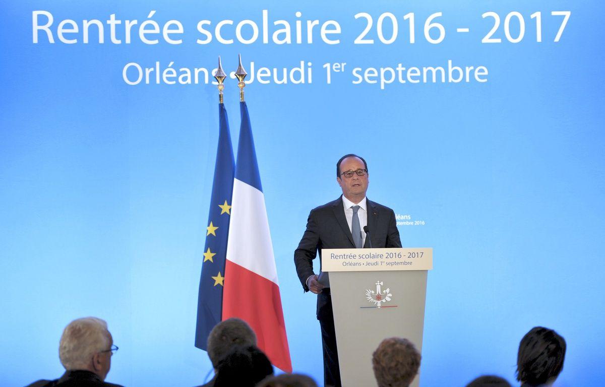 François Hollande, lors de son discours sur la rentrée scolaire à Orléans septembre 2016.  – GUILLAUME SOUVANT / POOL / AFP
