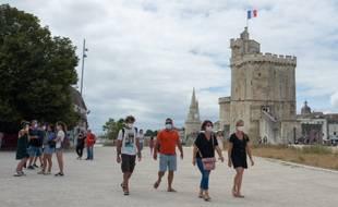 Le taux d'incidence augmente fortement à la Rochelle où le maire a demandé le retour de l'obligation de porter le masque.