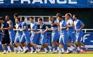 Le groupe France presque au complet s'entraine à Clairefontaine, le 24 mai 2012.