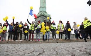 Plusieurs centaines de femmes gilets jaunes ont manifestes a Paris samedi 6 janvier 2019.
