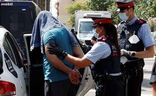Illustration d'une arrestation par la police espagnole.