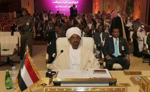 Le président soudanais Omar el-Béchir a annoncé lundi la libération de tous les prisonniers politiques dans le pays, dans un contexte de baisse des tensions après de récents accords avec le Soudan du Sud