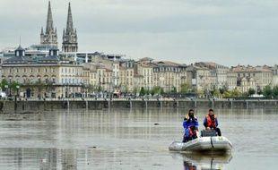 Un sexagénaire est tombé dans la Garonne samedi soir lors de la fête du vin à Bordeaux.
