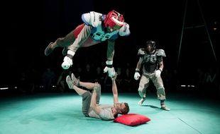 Marseille, le 3 novembre 2014, prÈsentation de la biennale du cirque contemporain.