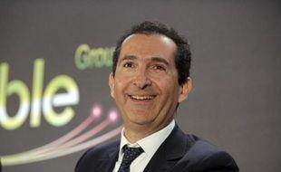 Patrick Drahi, le patron du groupe Altice, maison-mère de Numéricable, le 17 mars 2014 à Paris lors d'une conférence de presse