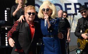 Elton et John et Lady Gaga en concert surprise à West Hollywood le 27 février 2016.