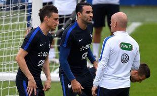 Laurent Koscielny et Adil Rami lors de l'Euro, où ils formaient la charnière des Bleus, le 21 juin 2016.