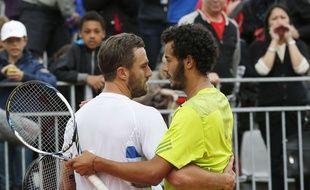 Laurent Lokoli félicite Steve Johnson, le 28 mai 2014 à Roland-Garros.