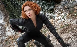 Scarlett Johansson campe Black Widow dans « Marvel's Avengers: Age Of Ultron ».
