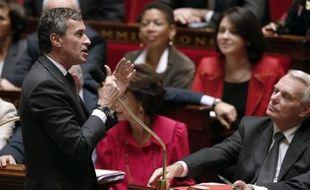"""Le déficit de l'Etat français a reculé de 7,7 milliards d'euros au 30 septembre par rapport à un an plus tôt, s'établissant à 85 milliards d'euros, """"en cohérence avec la réduction attendue"""", a annoncé vendredi le ministère du Budget dans un communiqué."""