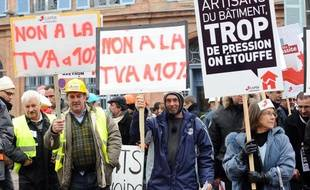 Des artisans manifestent vendredi 18 janvier 2013 à Toulouse, comme partout en France.