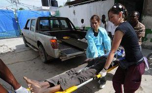 L'épidémie de choléra qui sévit depuis la mi-octobre en Haïti s'est aggravée, le dernier bilan faisant état de la mort de 643 personnes et de 9.971 hospitalisations, a annoncé mercredi le ministère de la Santé publique.