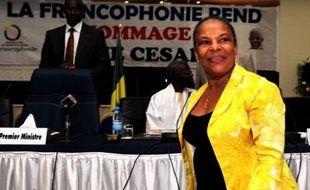 La ministre de la Justice, Christiane Taubira, a assuré vendredi les magistrats de son soutien, alors que la décision d'un juge de Bordeaux de mettre en examen Nicolas Sarkozy a été vivement critiquée par certains proches de l'ancien président.