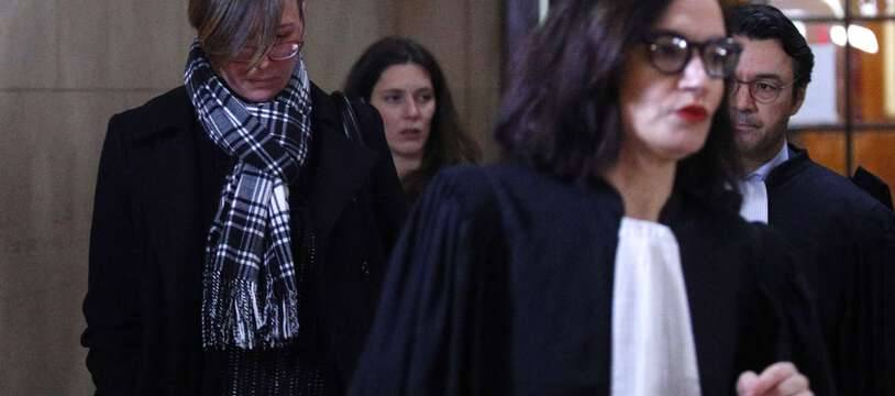Emily Spanton (à gauche) aux côtés de son avocate, Me Sophie Obadia, en 2019