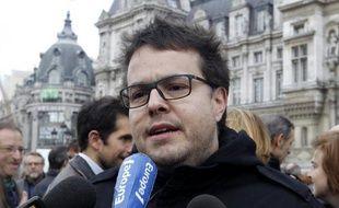 """Le directeur du quotidien Libération, Nicolas Demorand, estime mardi que la rumeur sur un compte en Suisse de Laurent Fabius était """"un fait politique majeur"""" qui justifiait de faire sa une dessus."""